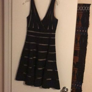 Formal dress fully lined